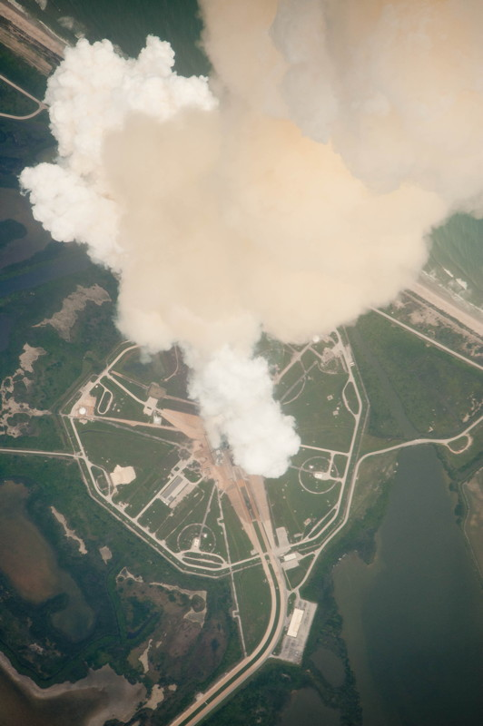 Atlantis' Exhaust Plume Seen from Above