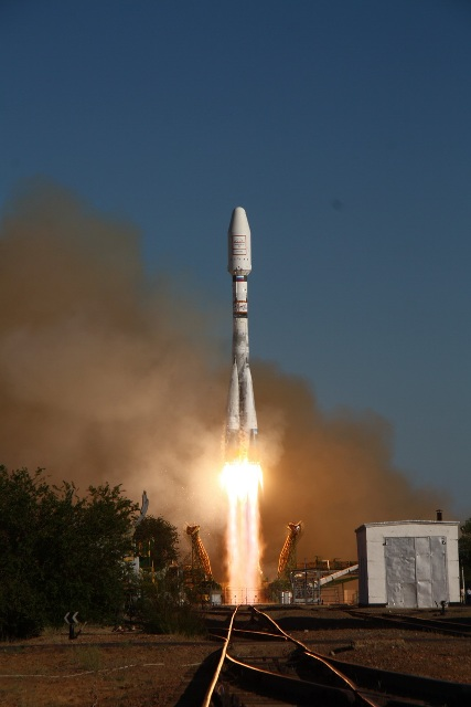 Soyuz 2 Rocket Launches Six New Globalstar Satellites on July 13, 2011