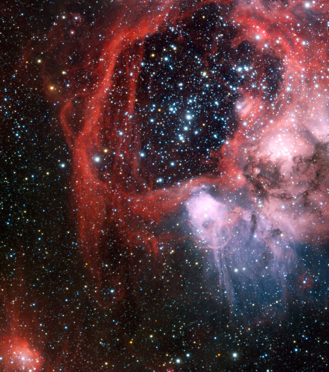 Giant Space 'Superbubble' Spawned by Exploding Stars