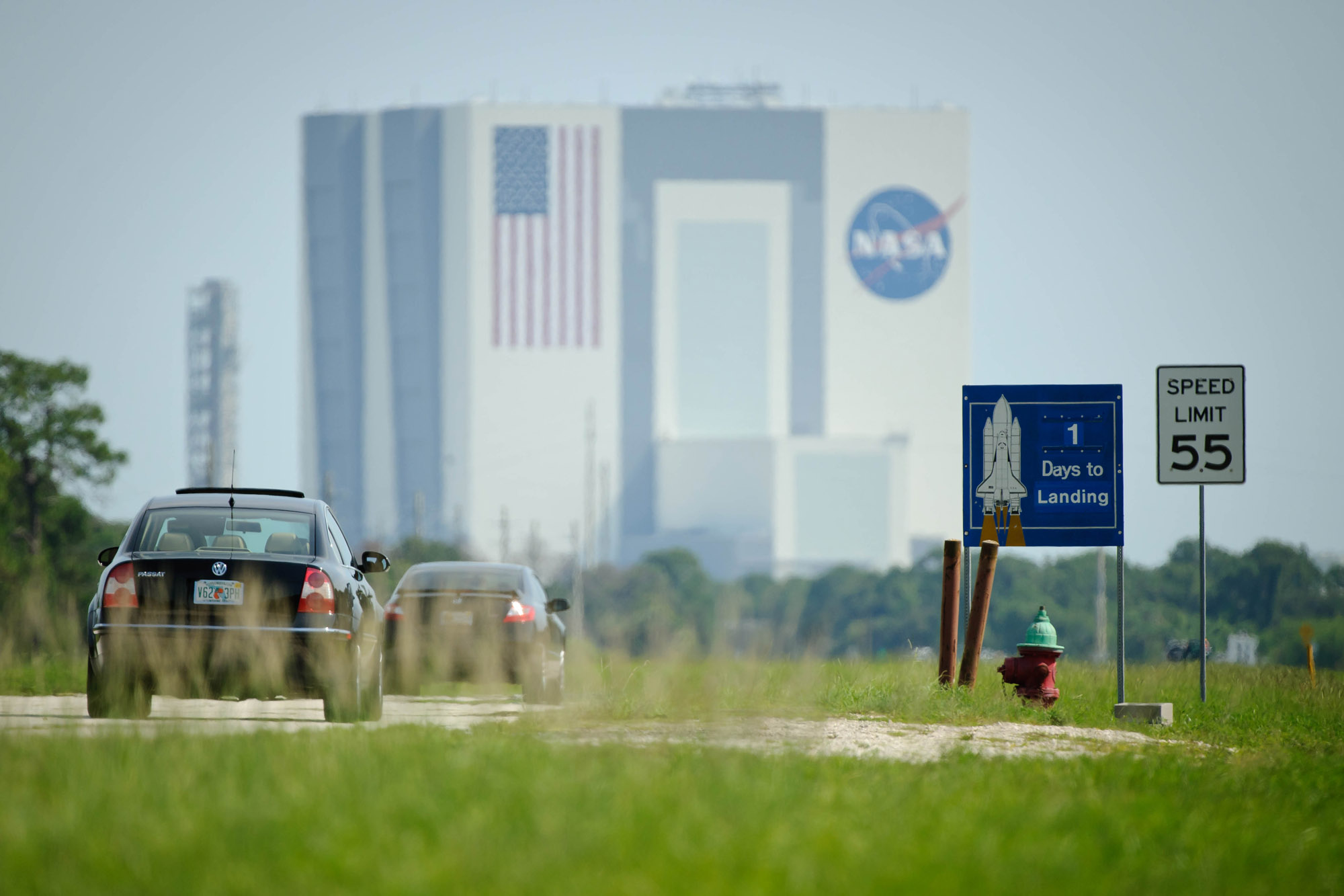 NASA Sign Heralds Space Shuttle Era's End