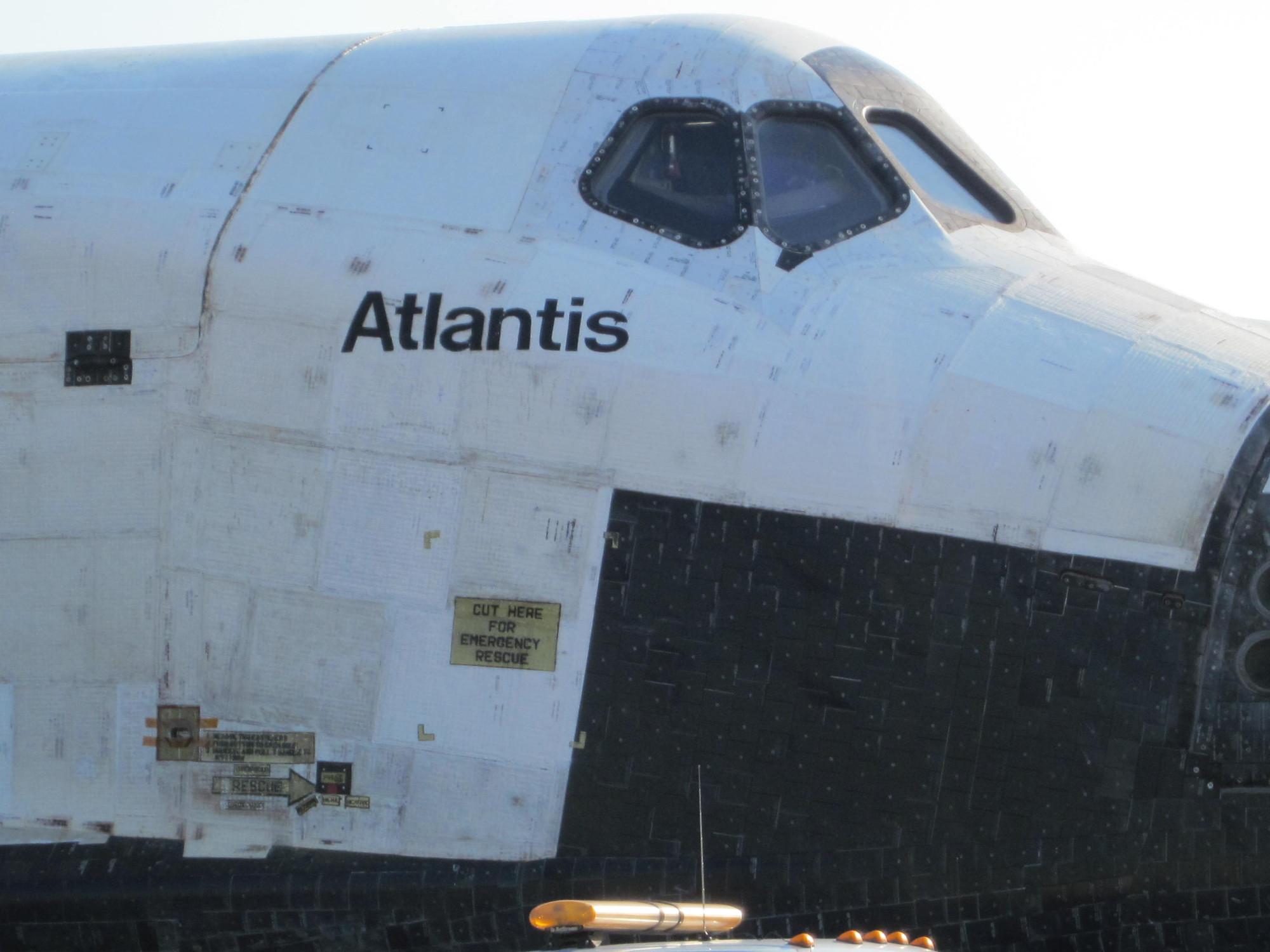 Atlantis' Forward Fuselage and Crew Cabin Detail