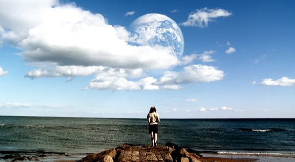 'Another Earth' Film Grounded In Cutting-Edge Physics