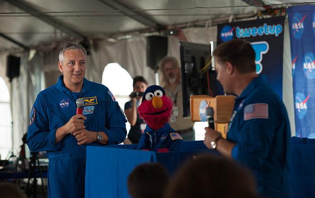 Elmo Takes Center Stage at NASA Tweetup