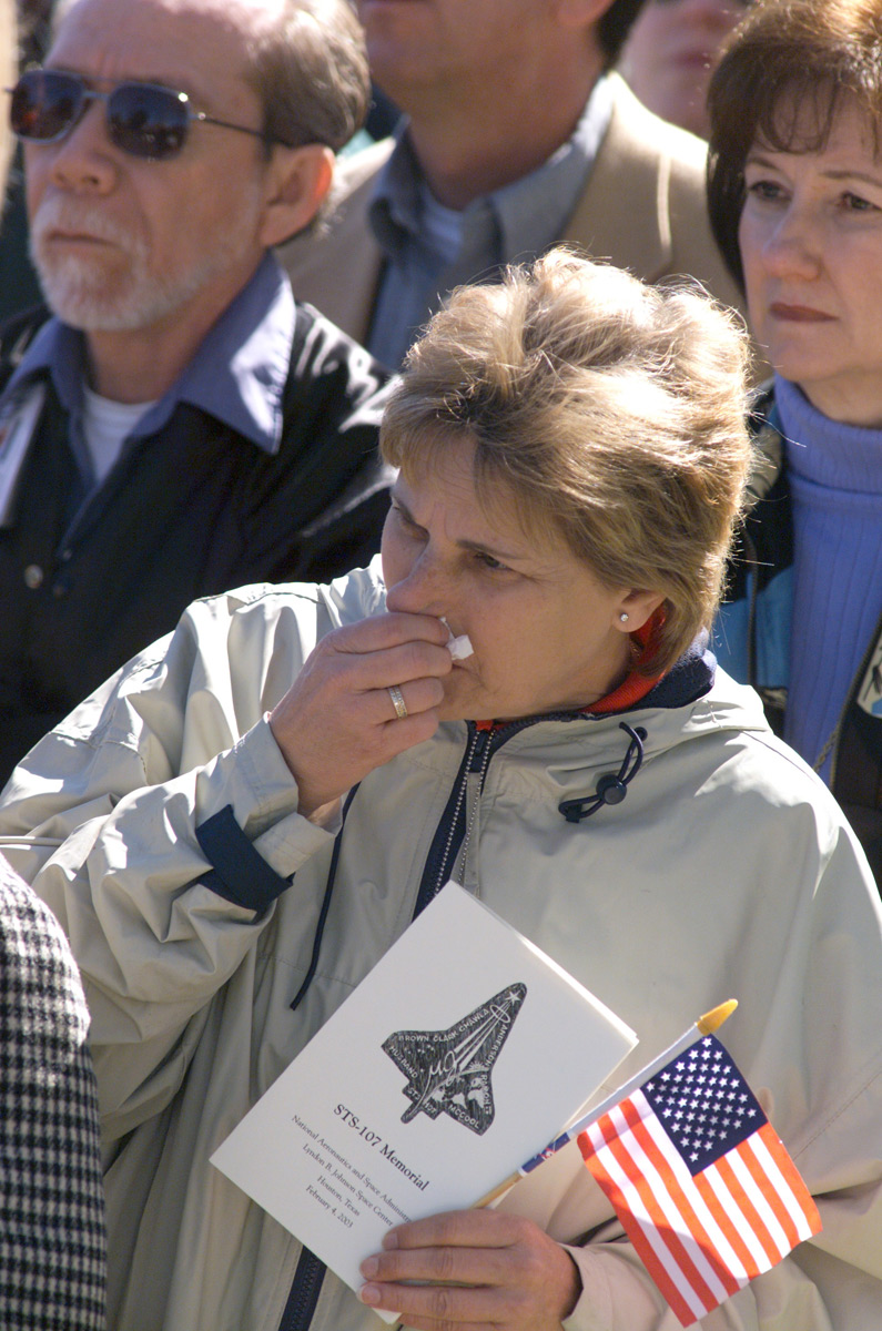 Holly Leonard During the Columbia Memorial Service