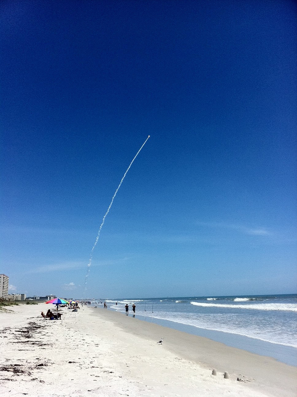 Juno Launch as Seen by Astronaut Nicole Stott
