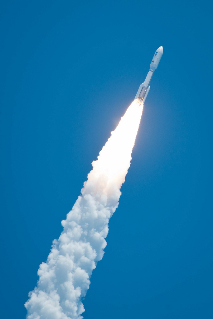Atlas V Rocket Launches with Juno Spacecraft