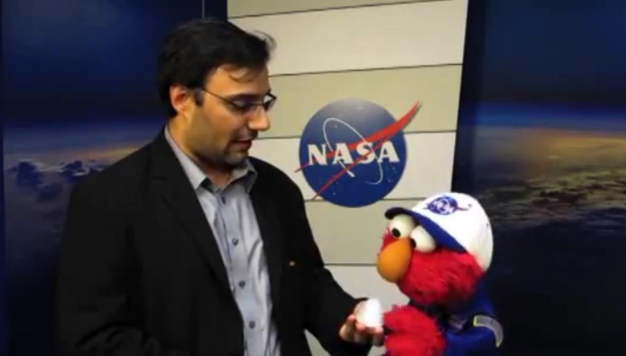 Elmo Talks With SPACE.com