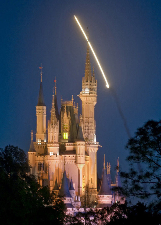 Disney World Offers Hotel 'Tribute' for NASA Shuttle Workers