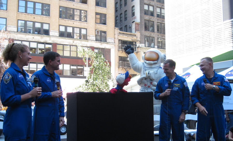 Final Shuttle Crew Meets Elmo