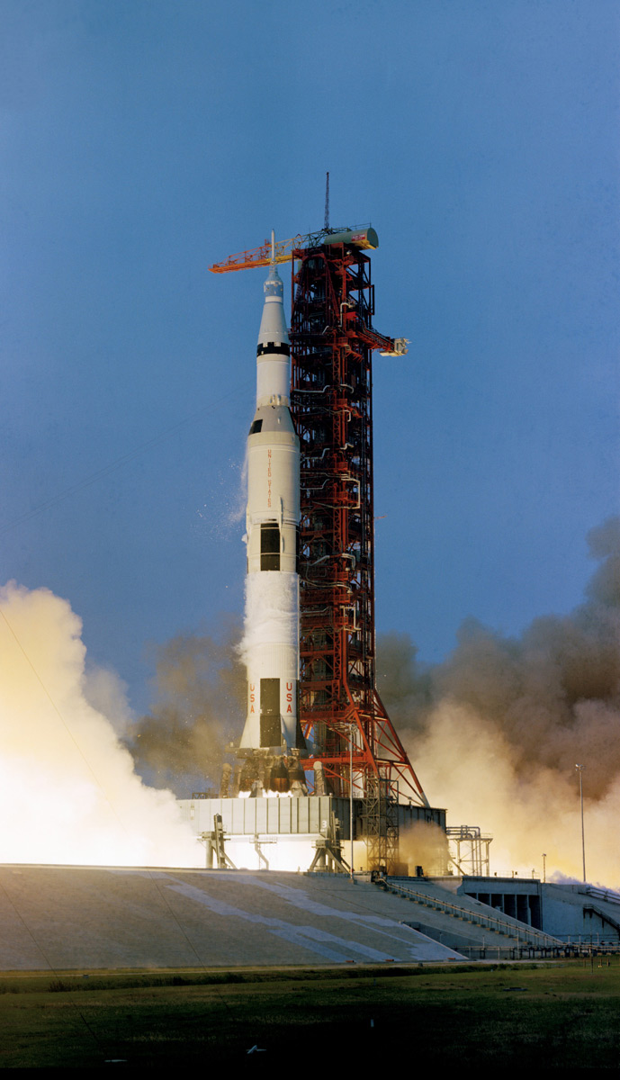 NASA's 17 Apollo Moon Missions in Pictures