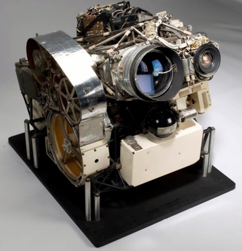 The Lunar Orbiter's onboard camera contained dual lenses that took photos simultaneously. One lens took wide-angle images of the moon at medium resolution. A second telephoto lens took high-resolution images in greater detail.