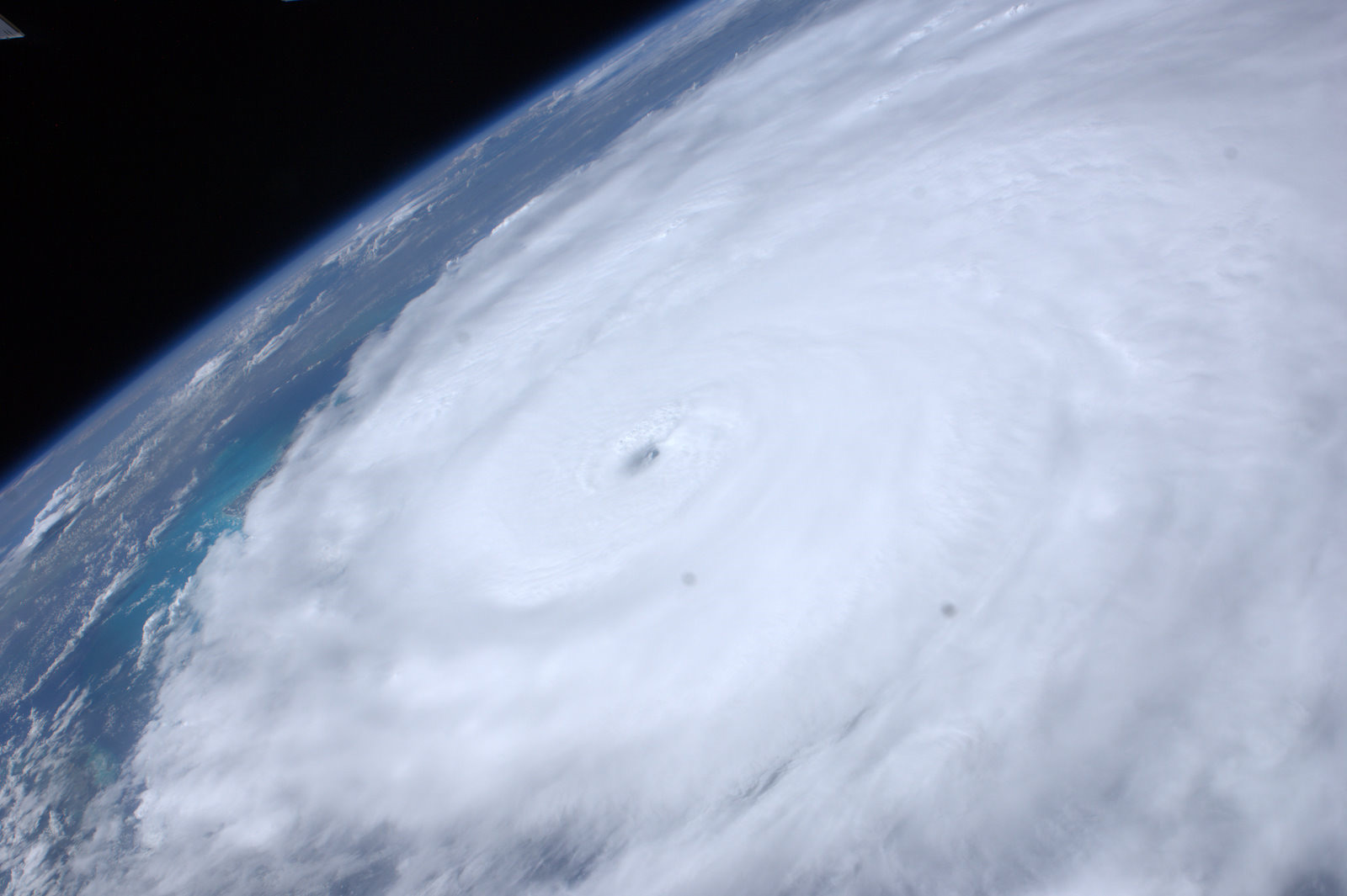 Astronauts Watch Hurricane Irene's Fury from Above