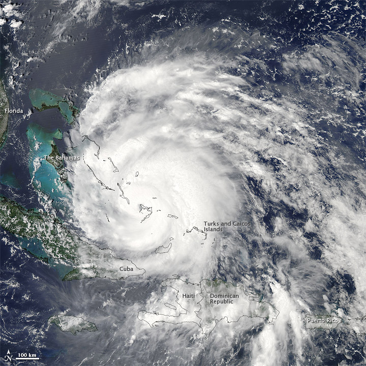 Irene Closing on the Bahamas