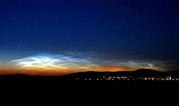 Season for Mysterious 'Night-Shining' Clouds Is Here