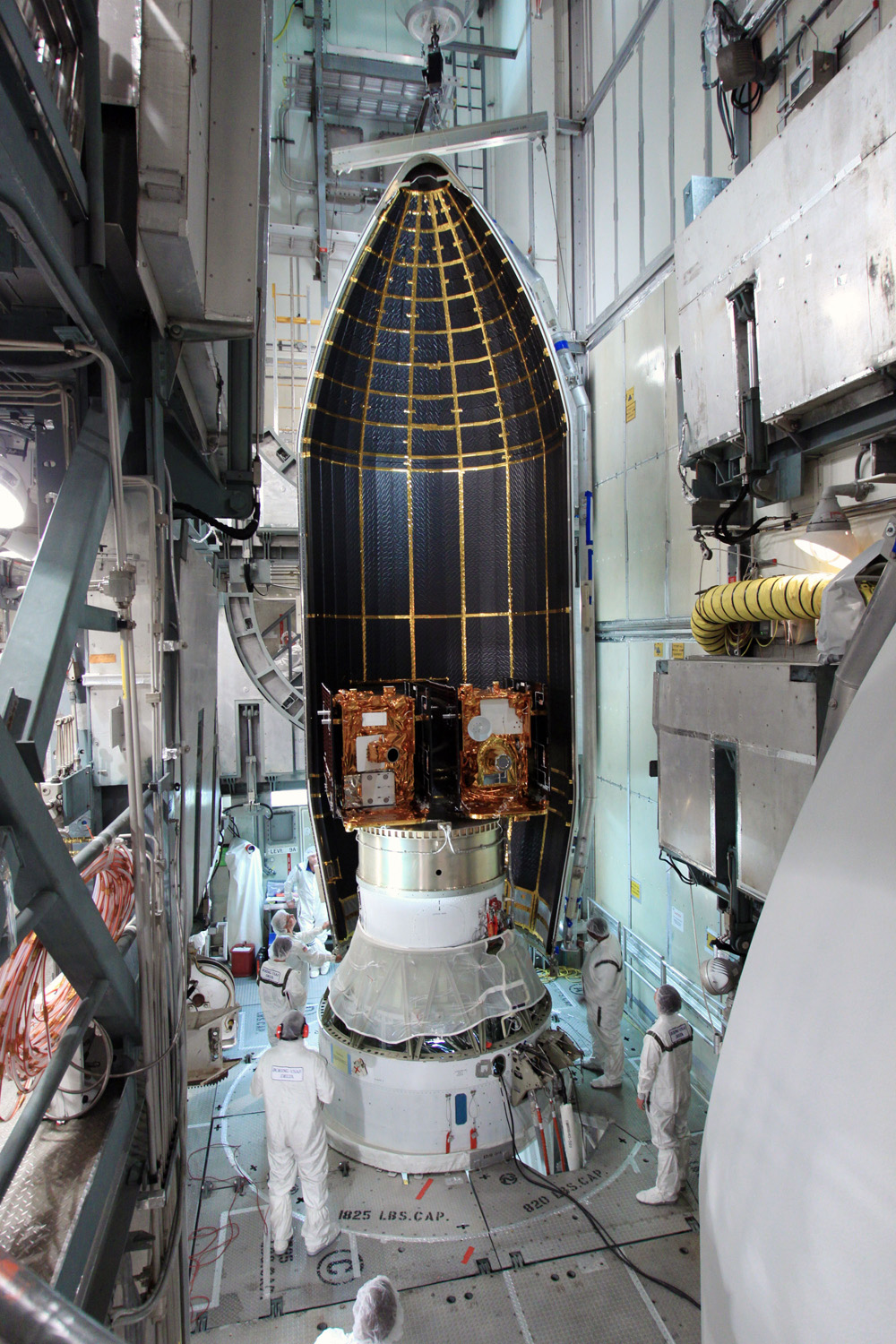 NASA Prepares Twin Moon Probes for Launch