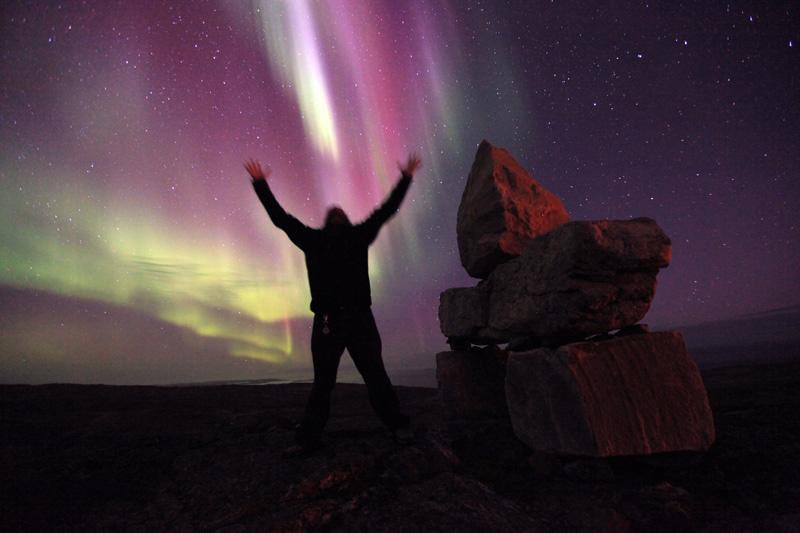Aurora, Man, Stones