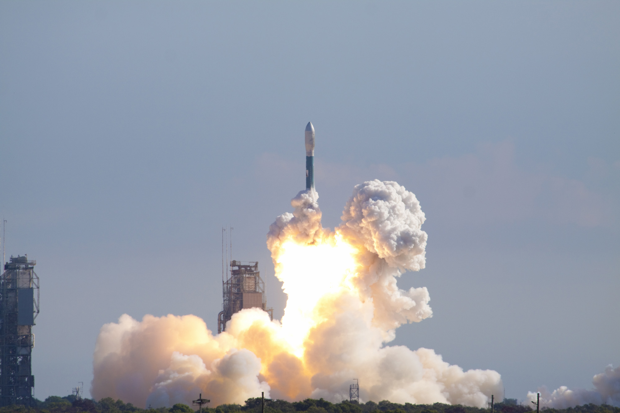 NASA Launches Moon Gravity Mission