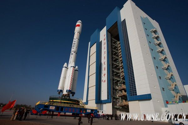 US & China: Space Race or Cosmic Cooperation?