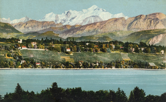 This vintage postcard from circa 1900 shows Villa Diodati (the white house with the orange roof, just left of center) on a steep slope overlooking Lake Geneva. This location allows relatively clear views to the west, but the eastern sky is partially blocked by the hill.