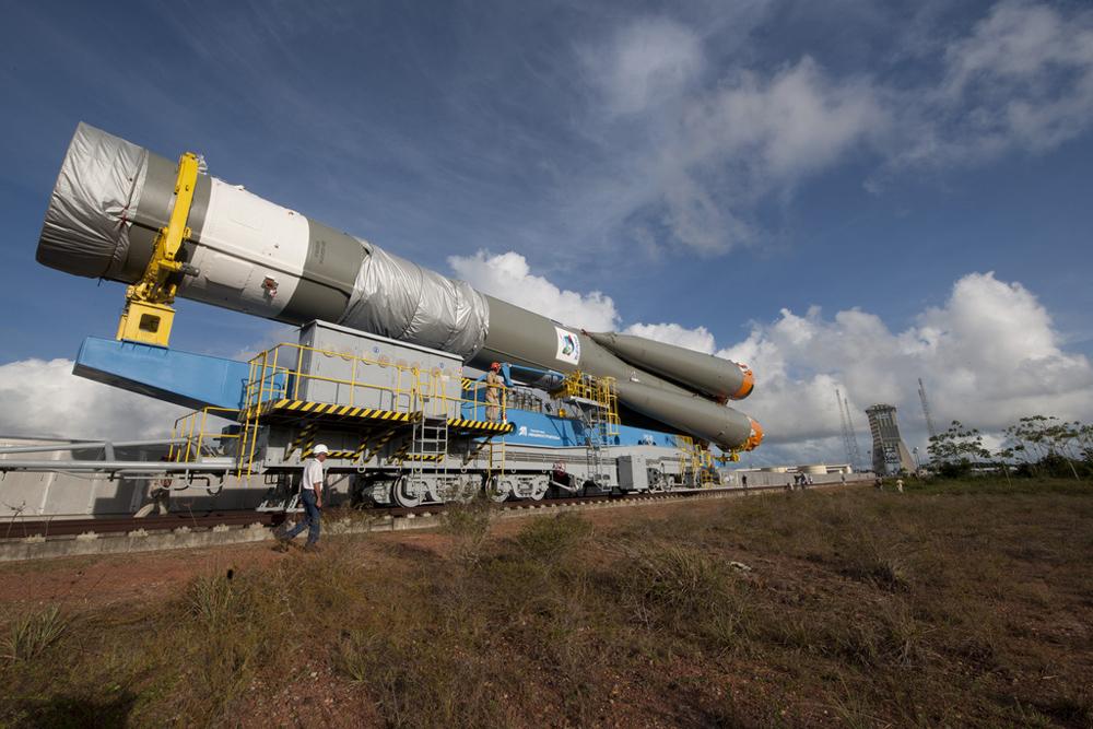 Soyuz VS01 Rollout