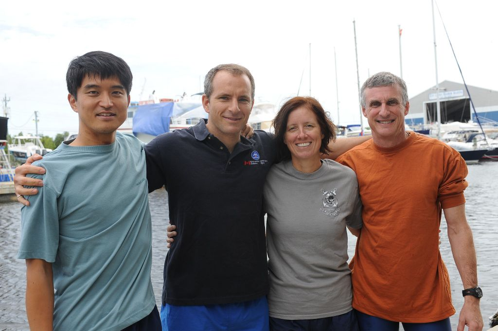 NEEMO 15 Crew At the End of Their Shortened Mission