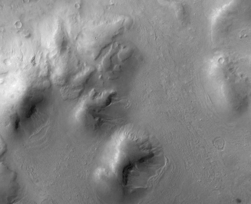 Dunes in Lohse Crater