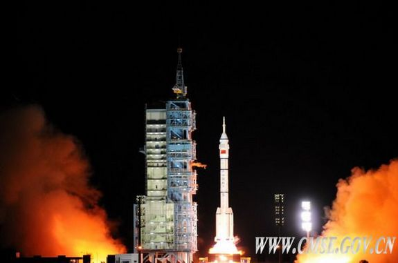 China's robotic Shenzhou 8 launches on Oct. 31, 2011, on a mission to chase down and dock with the prototype space lab Tiangong 1.