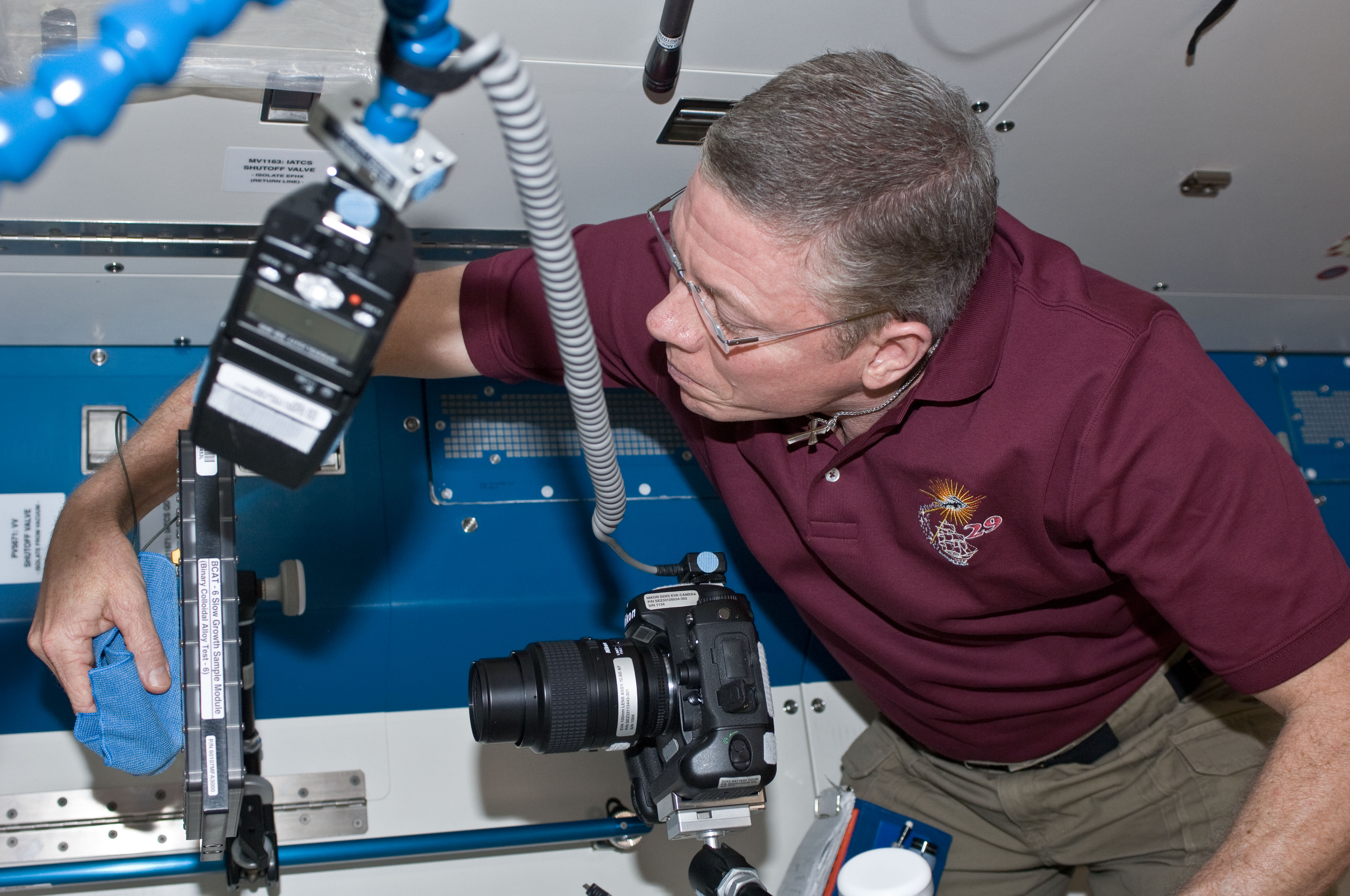 Expedition 29 Commander Performs an Experiment