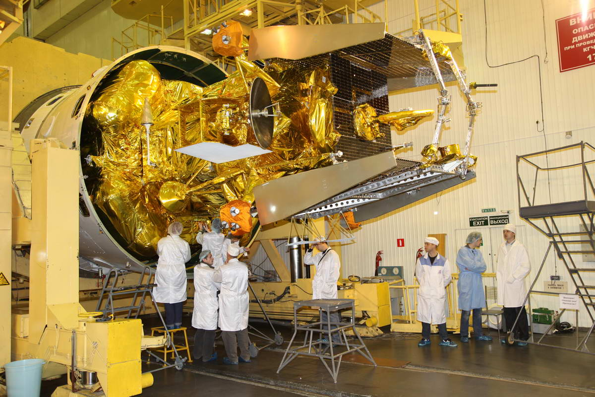 Scientist's View of Stranded Mars Moon Probe