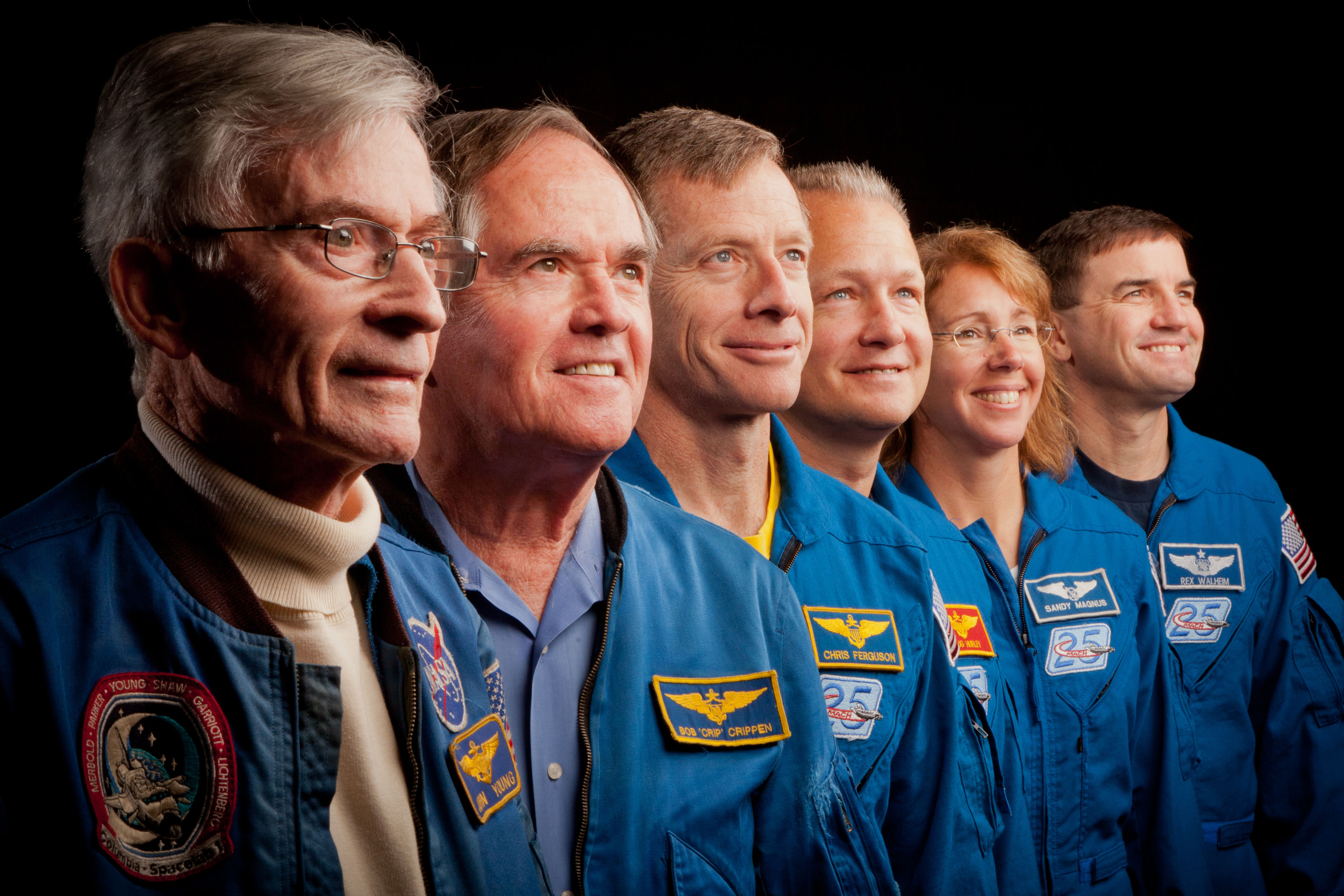First & Last Space Shuttle Crews Meet for 'Bookend' Photos