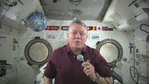Space Station Commander Honors US Military for Veteran's Day