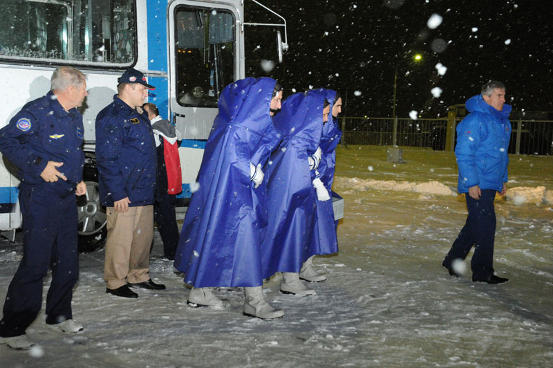 Expedition 29 Crew with Blue Parkas