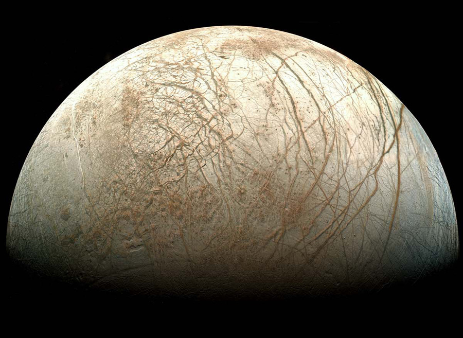 Life on Jupiter Moon Europa May Hide in Depths to Survive