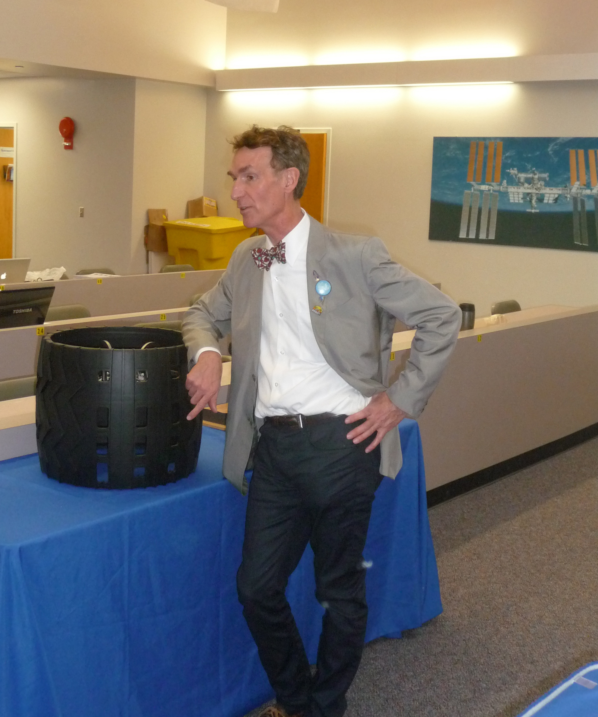 Bill Nye After Curiosity Rover Launch