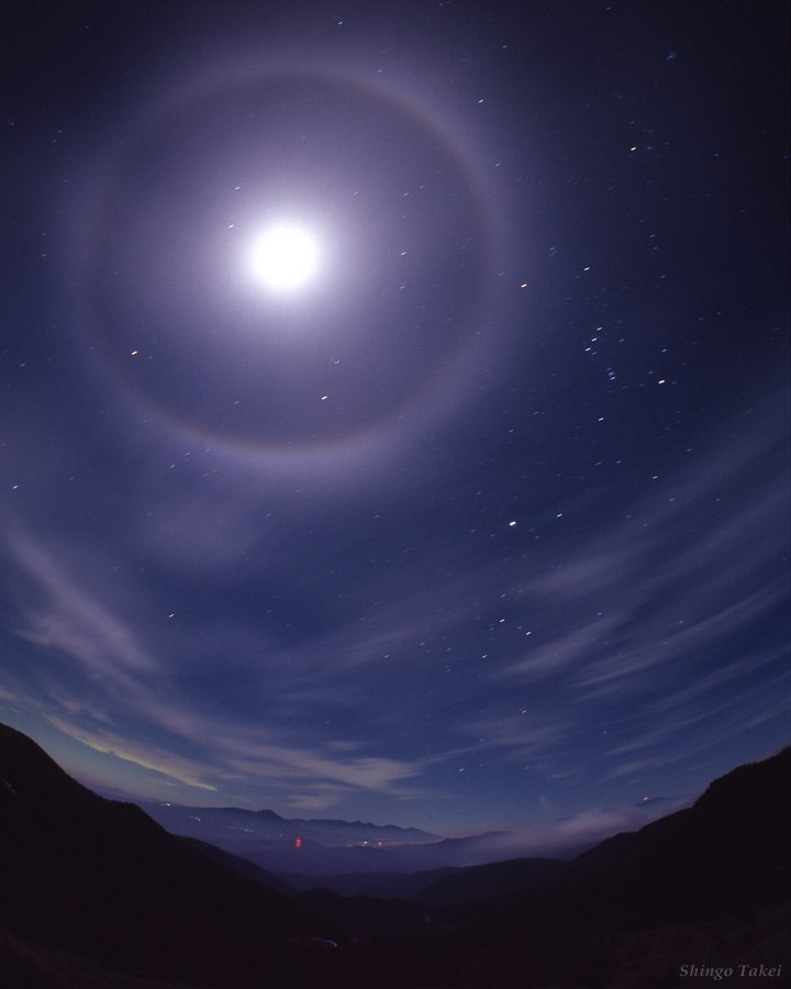 Lunar Halo Lights Up Orion in Skywatcher Photo