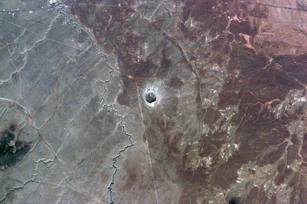 Meteor Crater Helps Unlock Planetary History