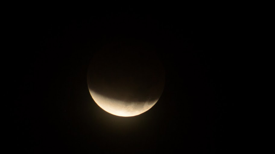 Lunar Eclipse Dec. 10 - Scott Jacobson