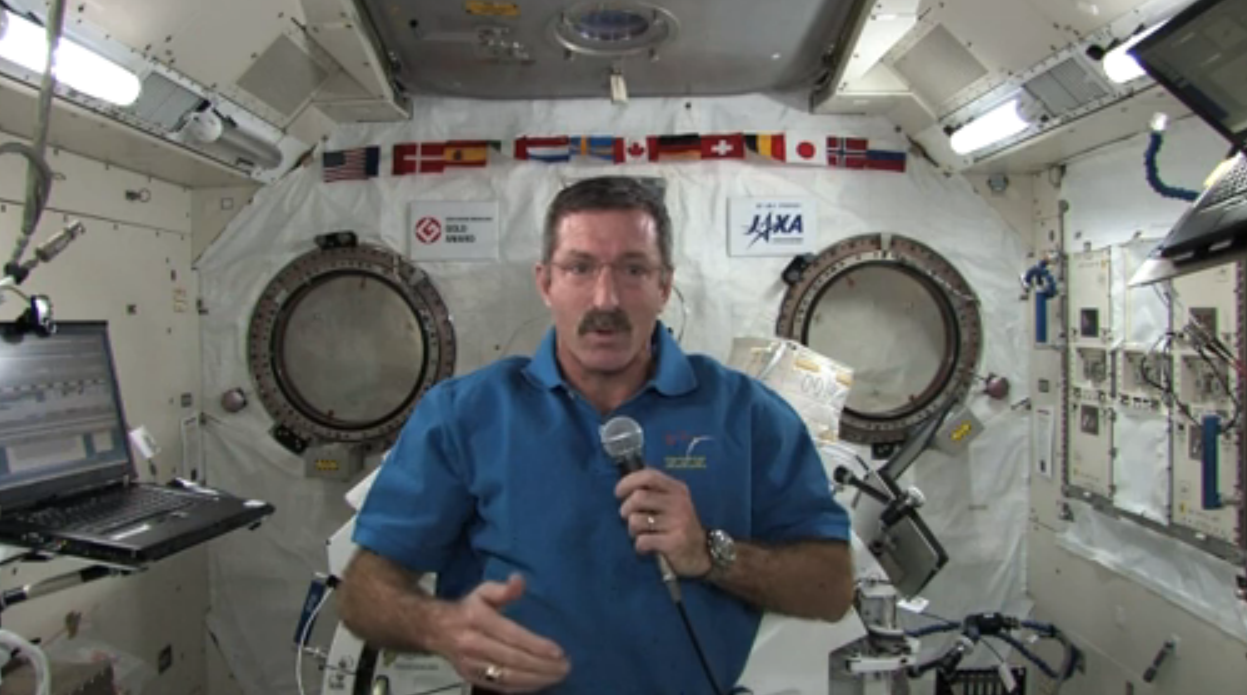 Dan Burbank Sends Holiday Wishes From International Space Station