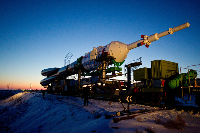 Expedition 30 Soyuz Rollout