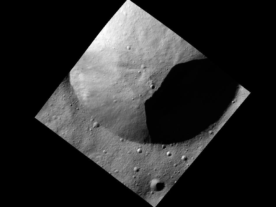 Close-Up Photos of Giant Asteroid Vesta