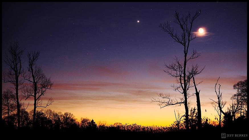 Bright Venus & Moon Thrill Skywatchers This Week