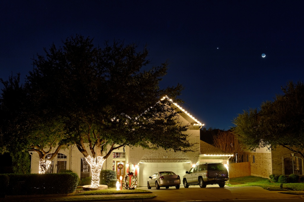 Venus & the Moon Over Texas