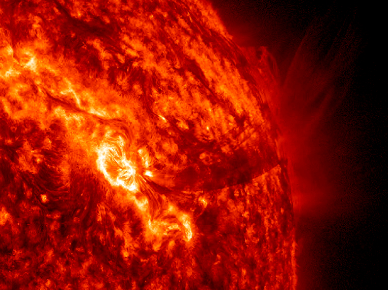 NASA Spacecraft Captures Video of Year-End Sun Storms