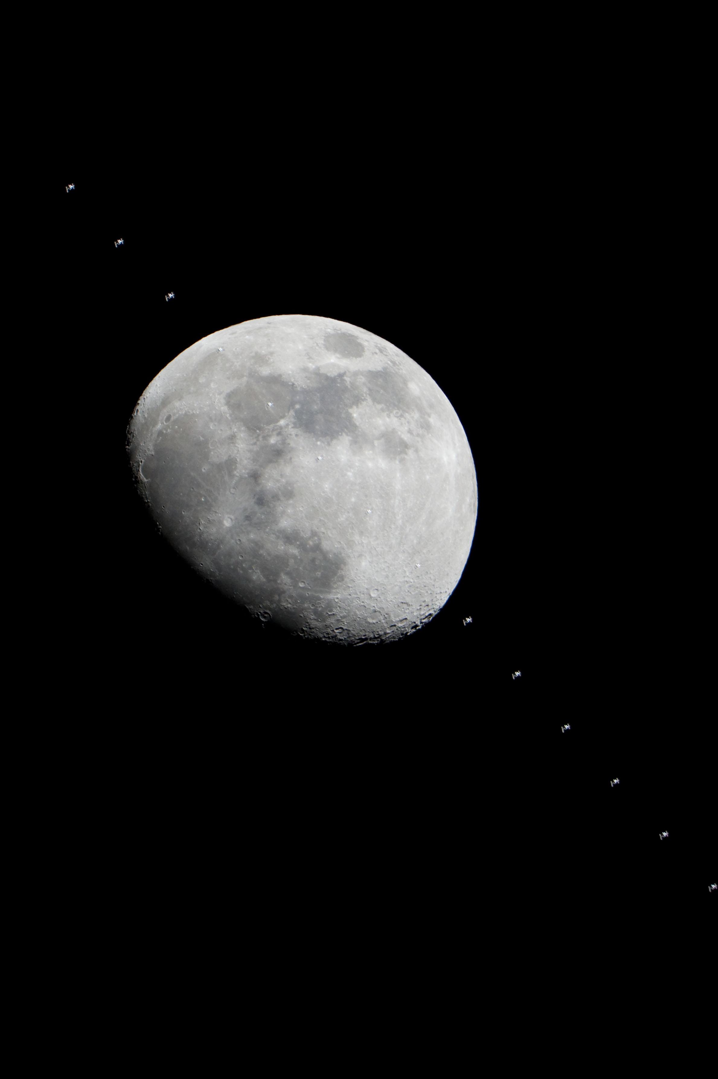 near space shuttle moon - photo #11