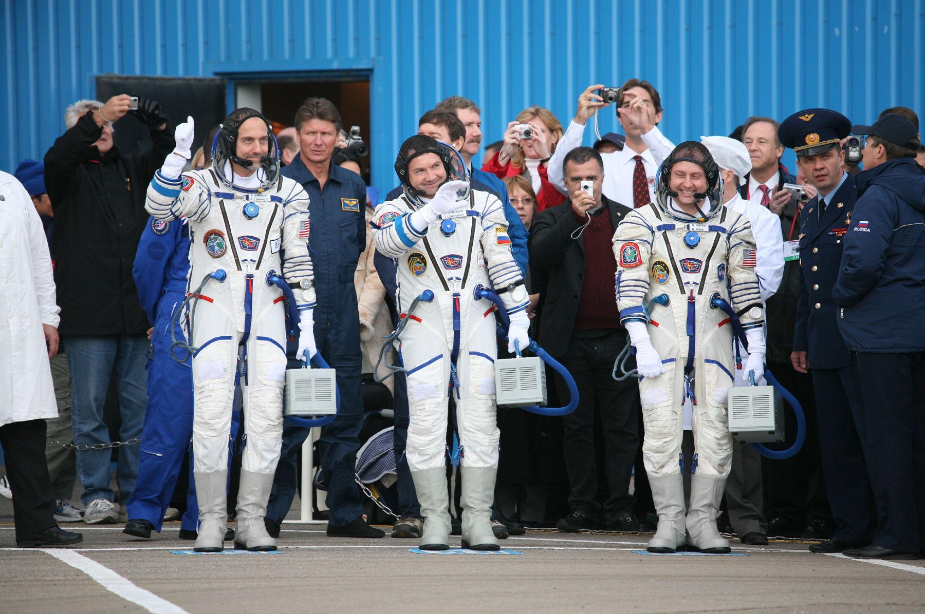 Richard Garriott and Fellow Astronauts