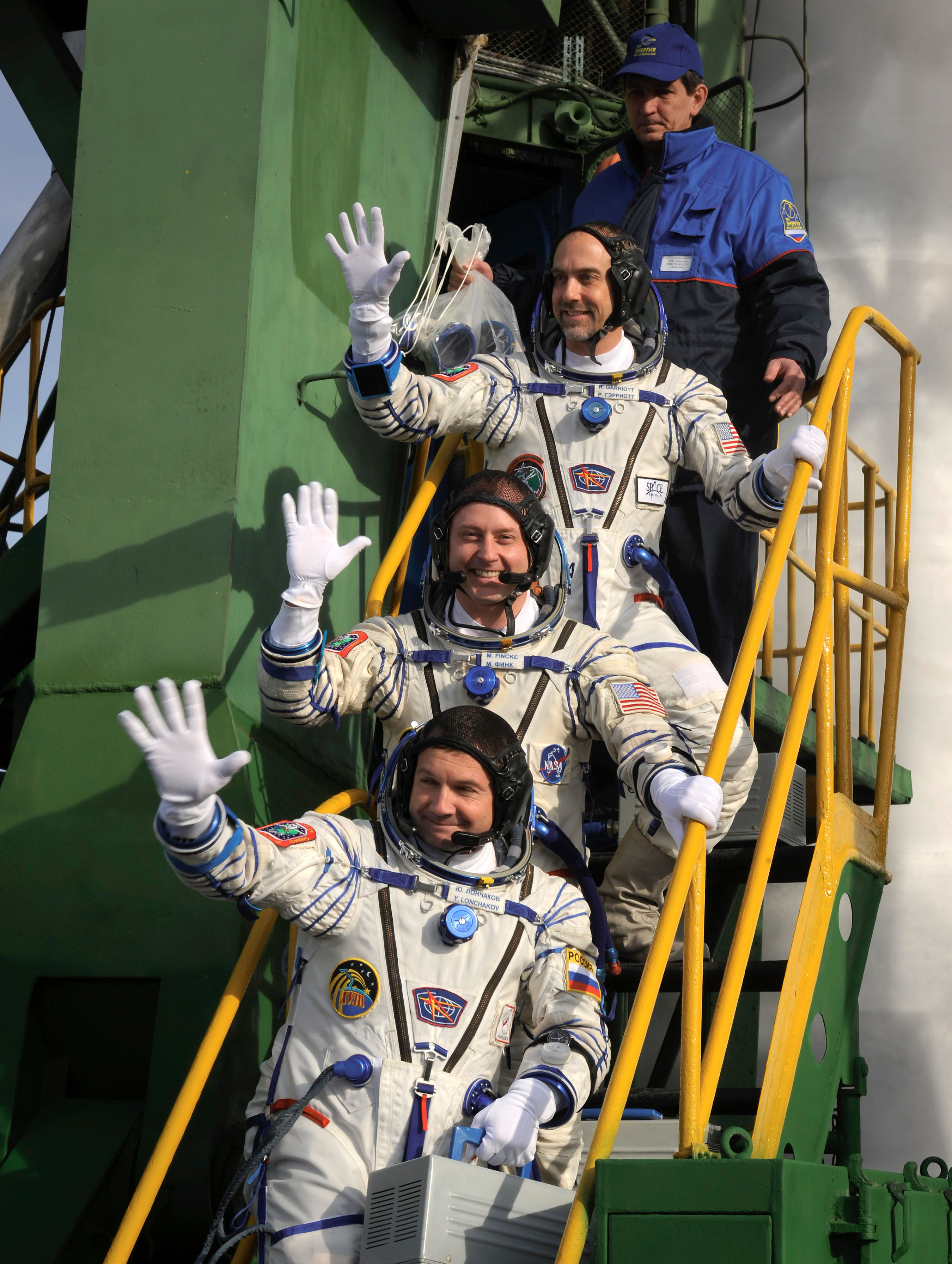 Soyuz Crew Waves