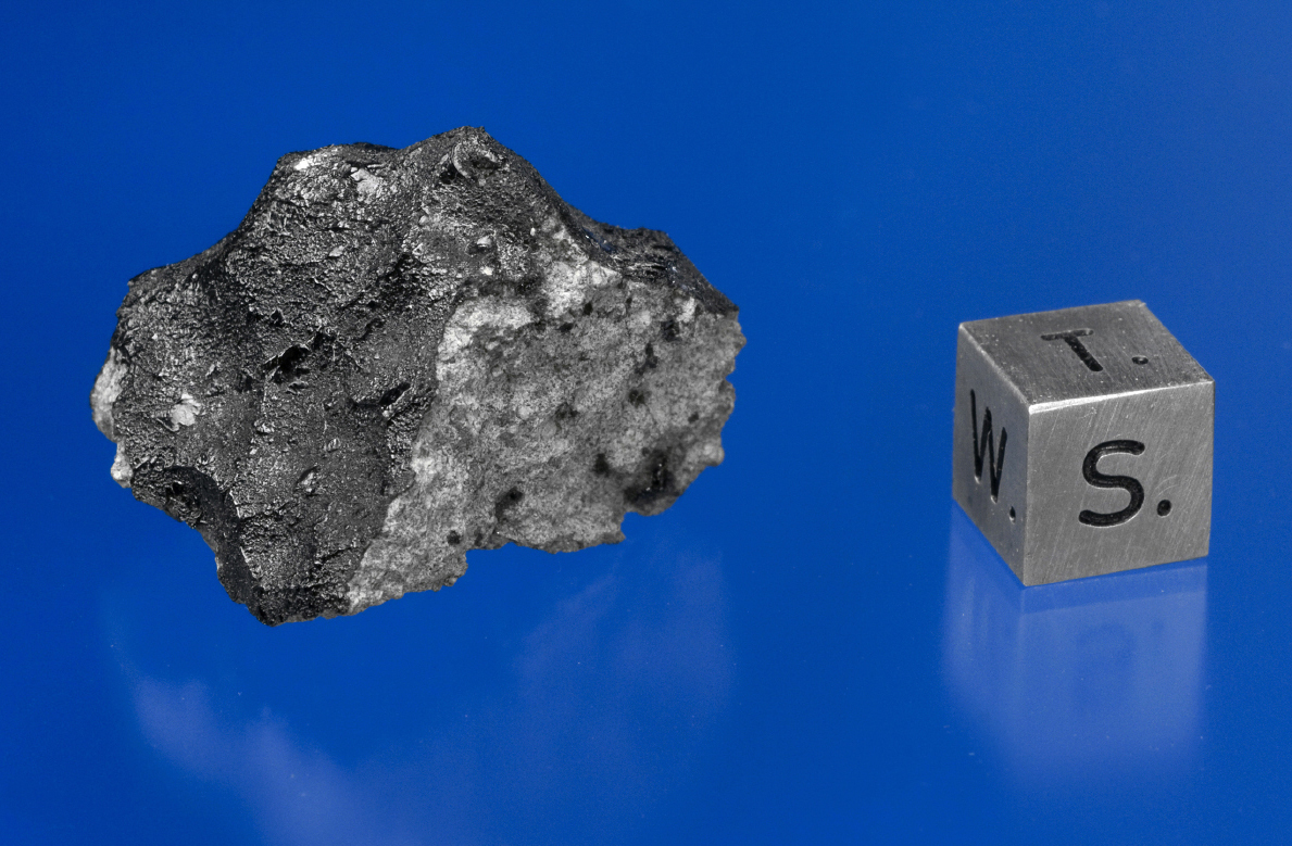 Mystery of Martian Meteorites' Organic Stuff Solved