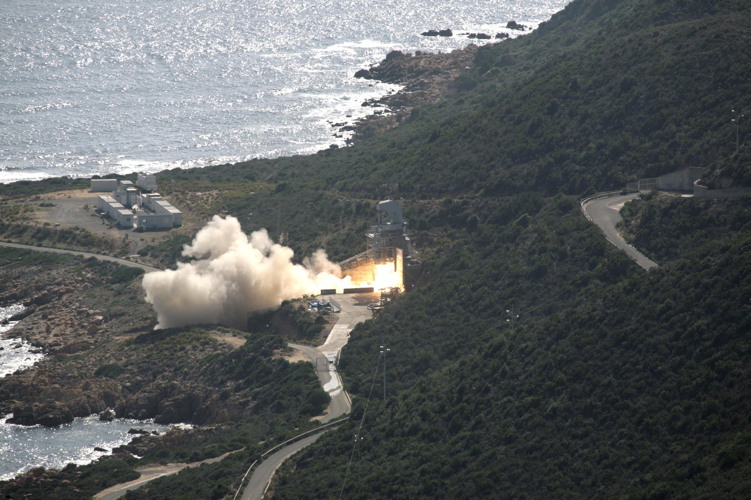 Zefiro 9-A Rocket Motor Test Firing