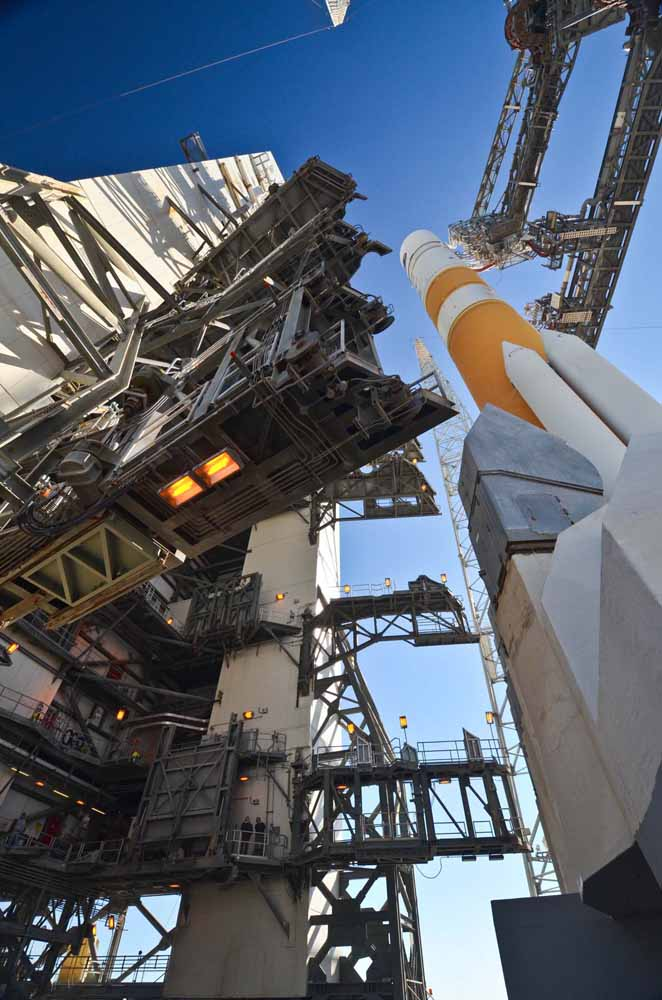 Delta 4 Rocket Carrying Wideband Global SATCOM-4 Satellite 1
