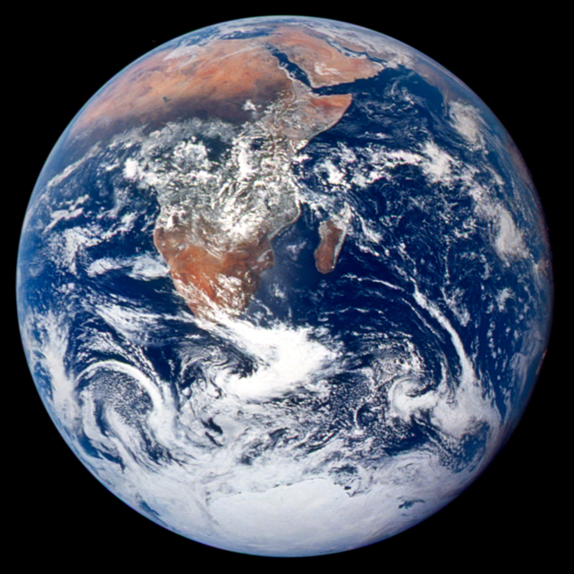Hello, Earth! Satellite Snaps Amazing 'Blue Marble' Photo